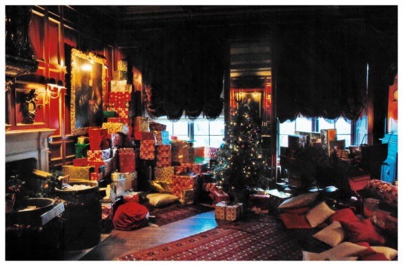 Warwick Castle Gift Room