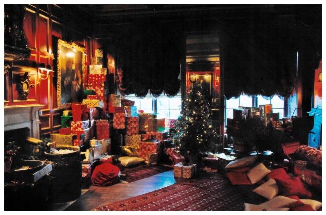 Warwick Castle Gift Room